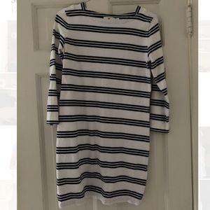 Vineyard vines navy and white striped dress